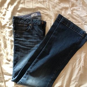 Gap Long & Lean flare jean / light wash